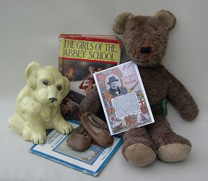 1940s Dolls and Bears